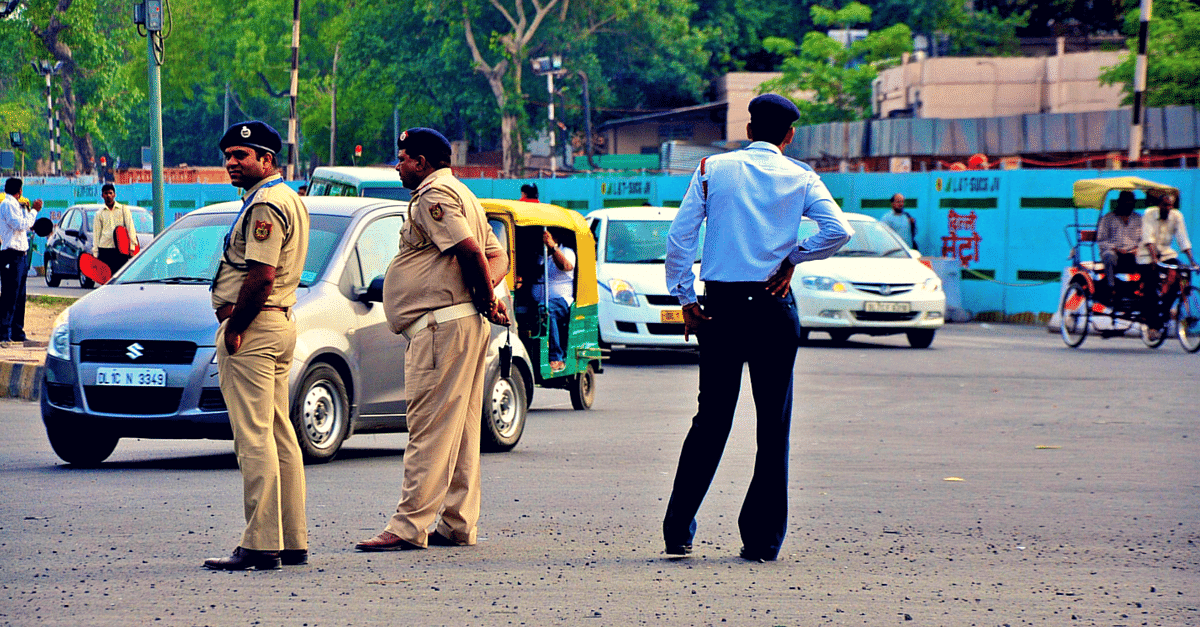 A Man Tried to Commit Suicide in Pune. Here's How 3 Quick-Thinking Cops Saved Him!