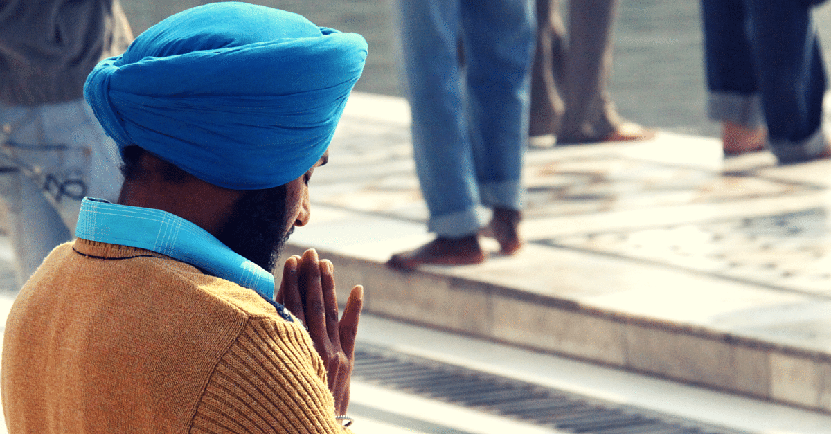 How 2 Sikh Men Used Their Turbans to Save a Group of Ganesha Devotees from Drowning