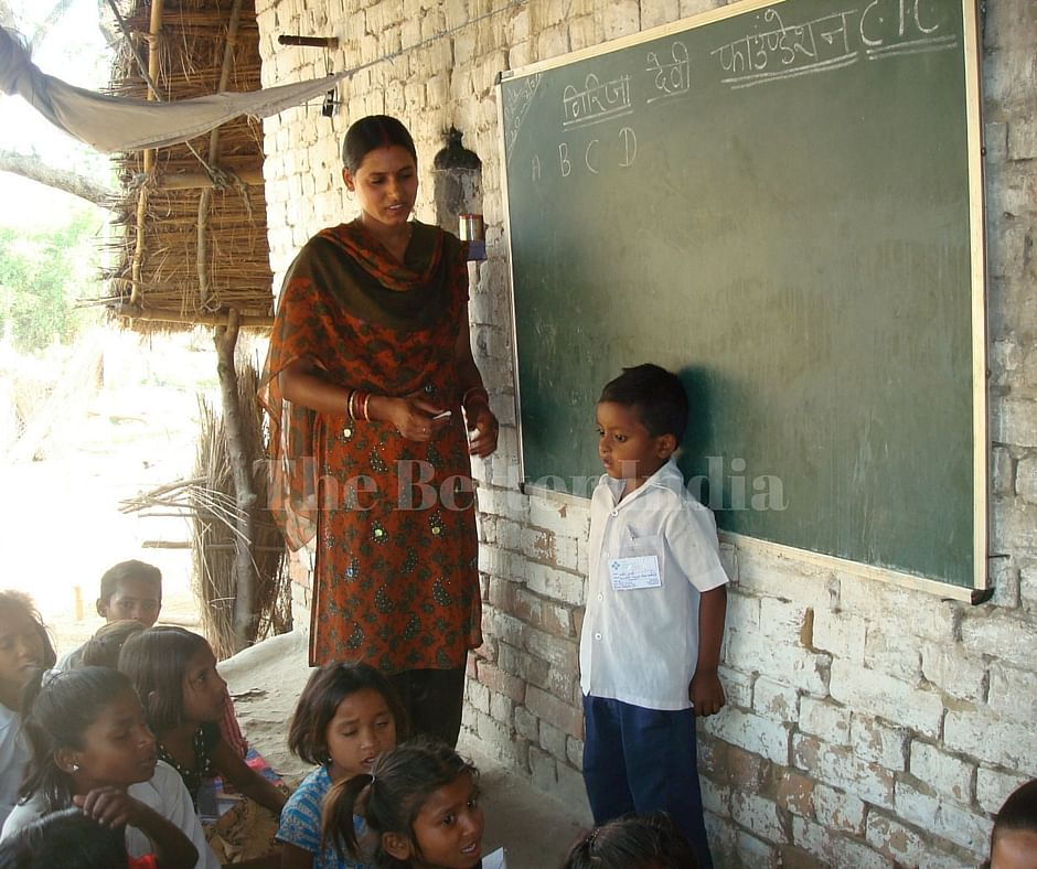 Gudiya takes her place as a teacher in the school she set up in her village at Mallahipurva. (Credit: Anjali Singh\WFS)