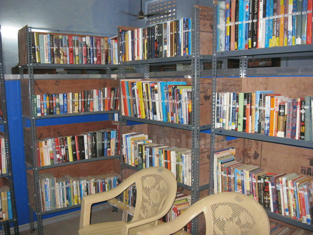 A library right at the centre of a police station