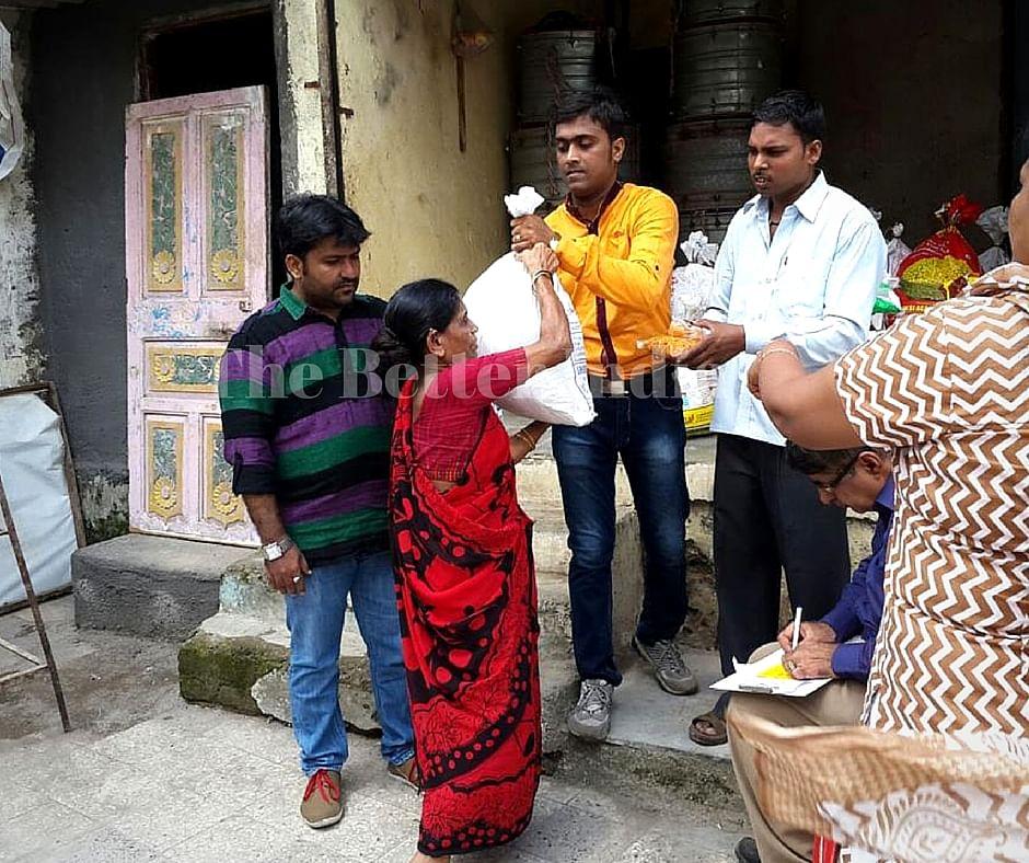 The trust provides food kits to the tribal community around Mumbai.