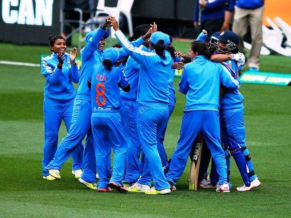 Indian Womens Cricket Team Wins T 20 Against Australia