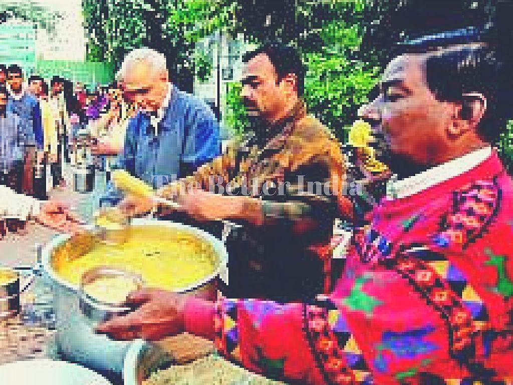 Hemant feeds hundreds of needy every day.