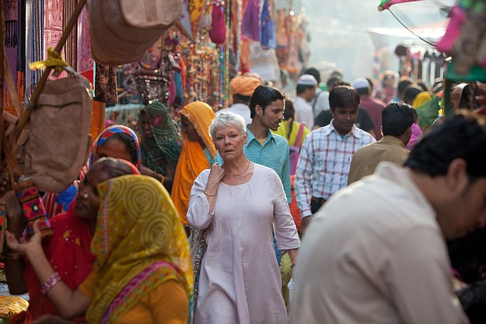 Dame Judi Dench in a Jaipur bazaar in Best Exotic Marigold Hotel