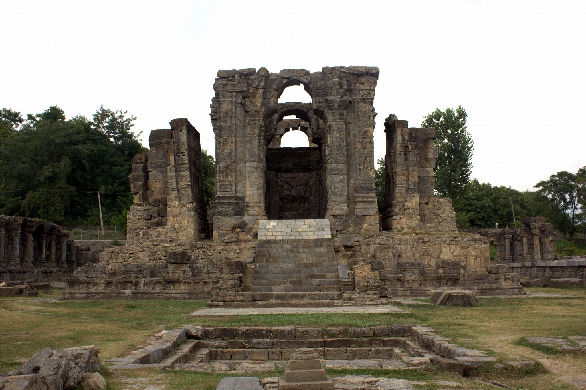Ruins of the Martand Sun Temple Pic source: http://www.holidayiq.com/Martand-Sun-Temple-Kashmir-Sightseeing-405-9915.html
