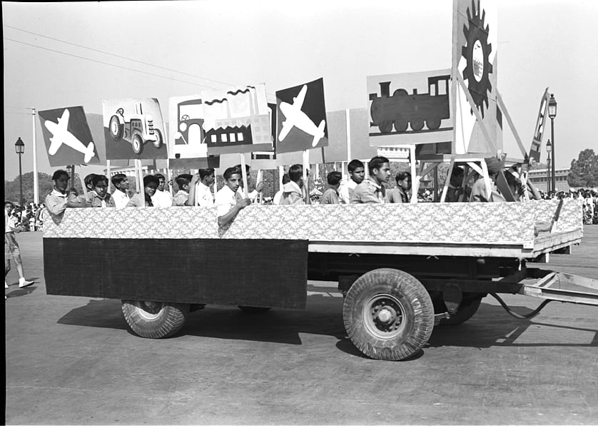 Studio/Jan.52,A52h A view of the Republic Day Cultural Pageant – Republic Day (January 26, 1952): Tableau showing 'Youth & Progress' – The machines depict growing development in transport and industry. The plough symbioses rural economy and the urge to grow more food.