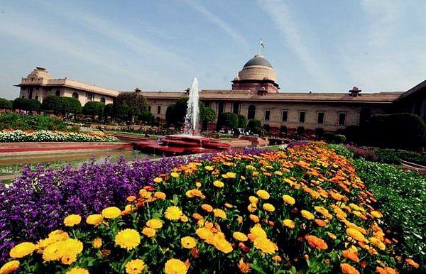 mughal gardens1