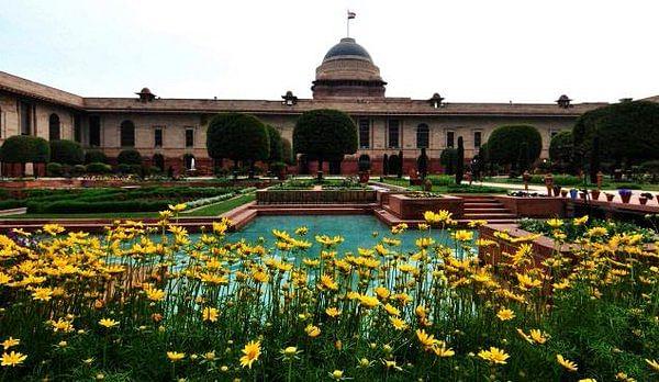 mughal gardens3
