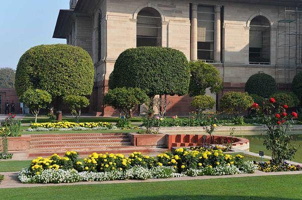 mughal gardens6
