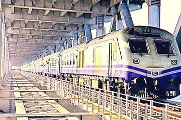 rail_f