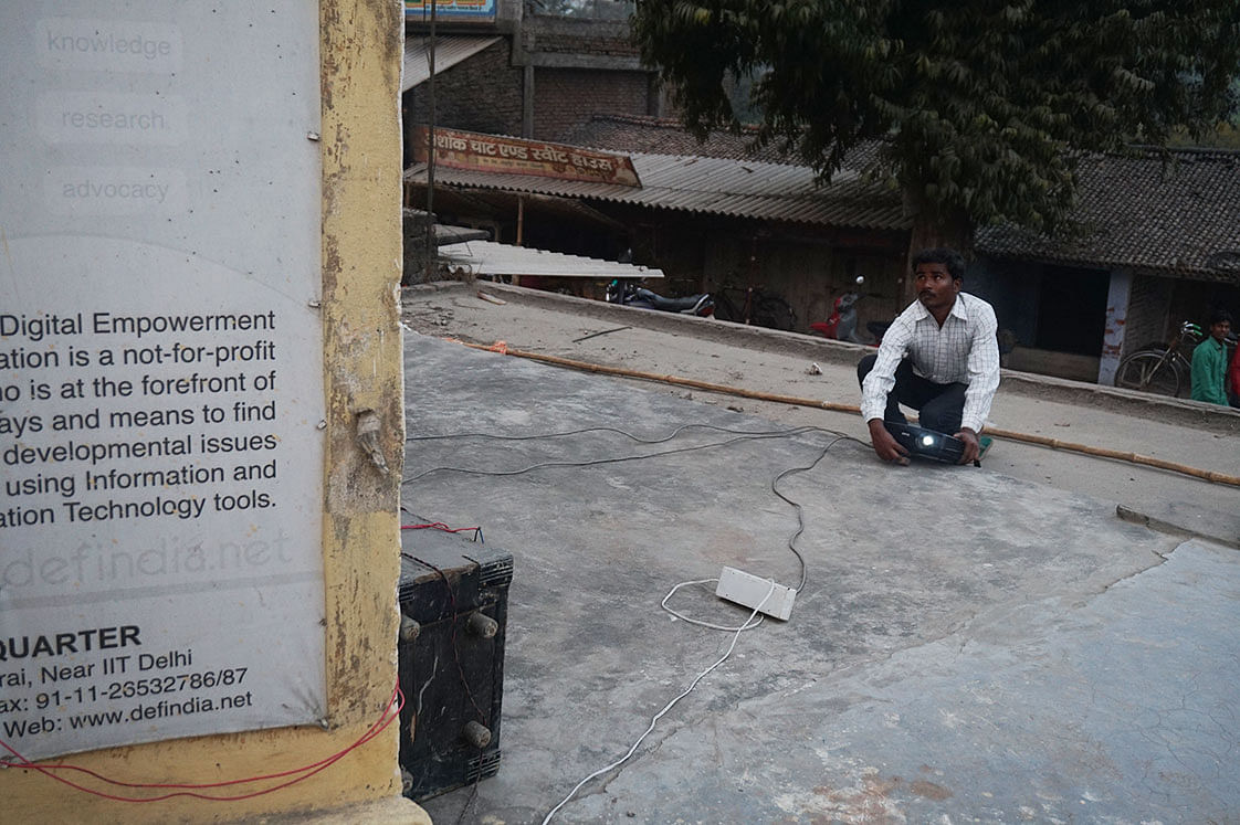 Raghav Mahto, who hails from Vaishali in Bihar, learnt radio engineering by a hit-and-try method. Photo: Cathy Chen