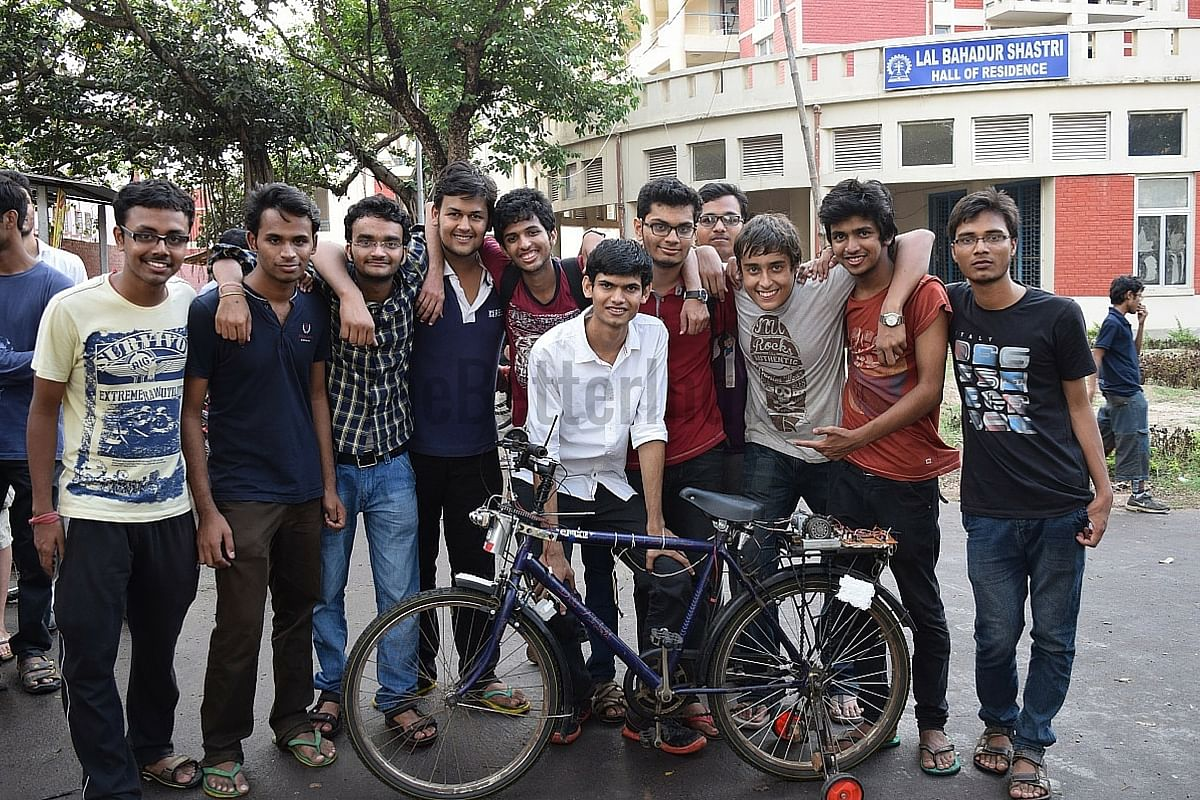 Indian institute of technology kharagpur - The I Bike Team Comprises 13 Undergraduate Students From Various Departments Of Iit Kharagpur Ayush And Subhamoy Initiated The Project In October 2014 And