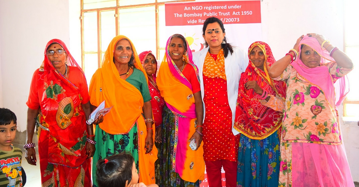 This Dentist Spent Her Weekends Providing Dental Care to 1 Lakh Villagers Around Delhi