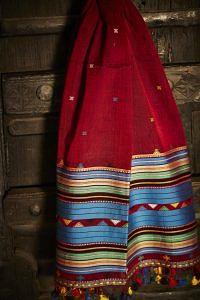 Kutch Weaving of Bhujodi - handwoven textiles
