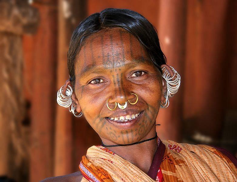 781px-Kutia_kondh_woman_3