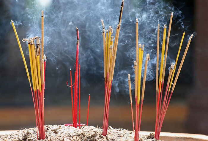 Incense-Sticks-With-Amazing-Fragrance