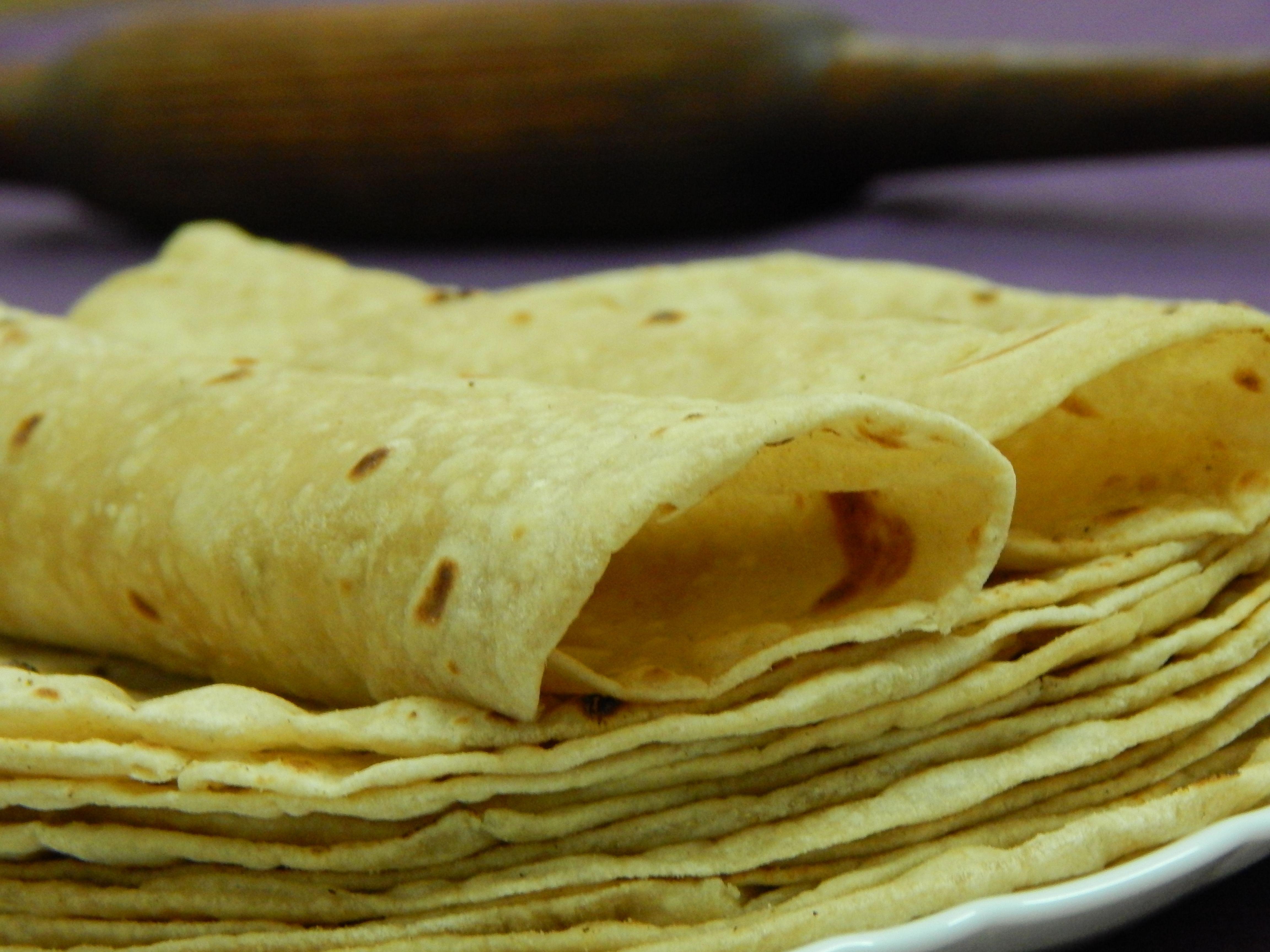 Roti_-_Perfect_Gujarati_Fulka_Roti