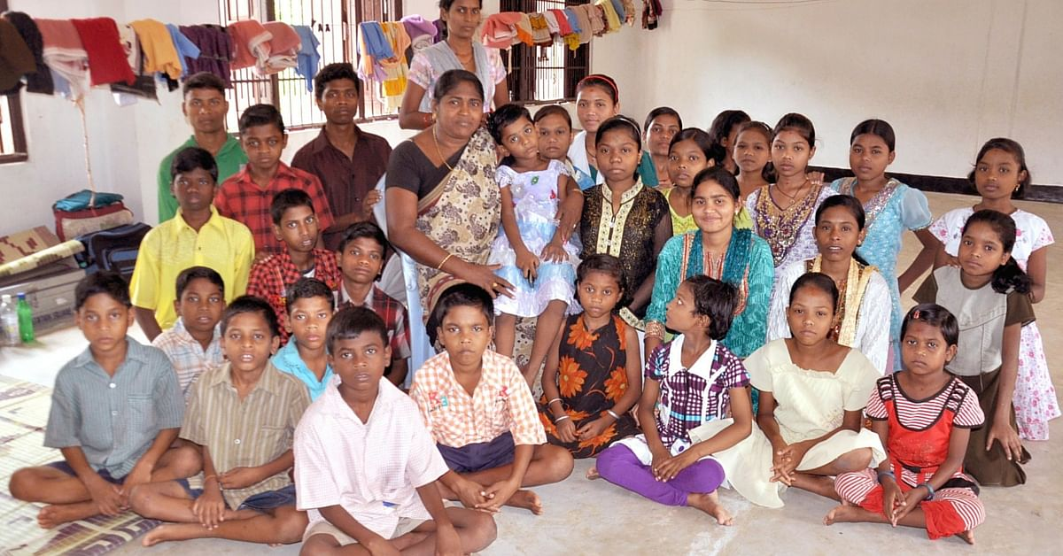 The Story of This Odisha Activist Who Runs a Hostel for the Children of Prisoners Is Inspiring!