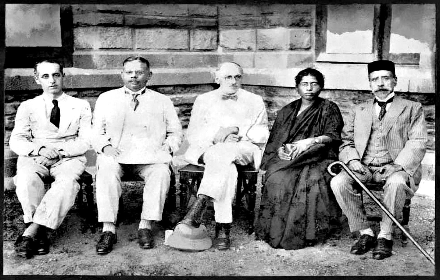 dr muthulakshmi - hartog commission