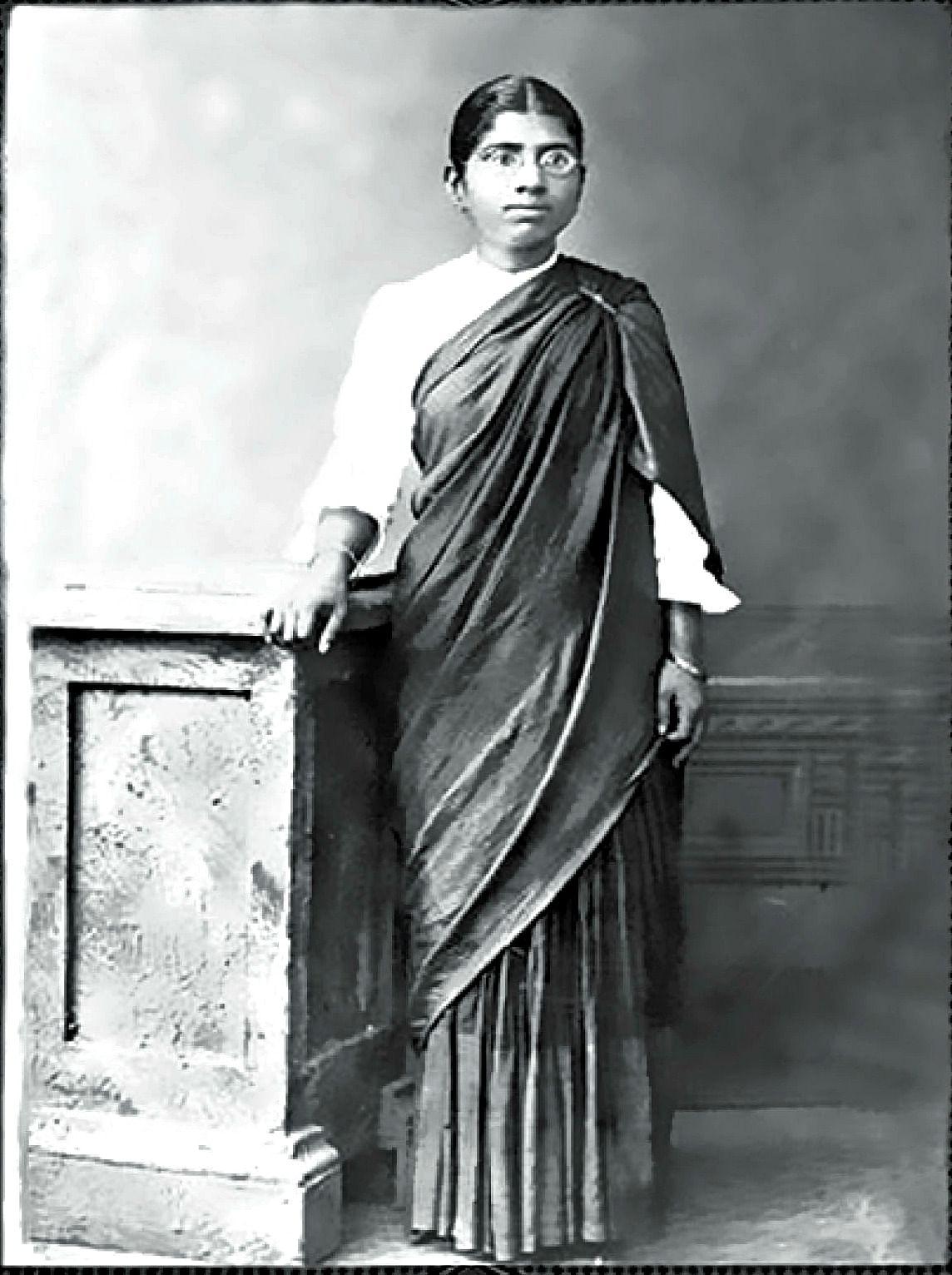 dr muthulakshmi reddy - medical student