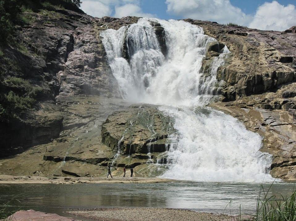 kuntala-waterfalls