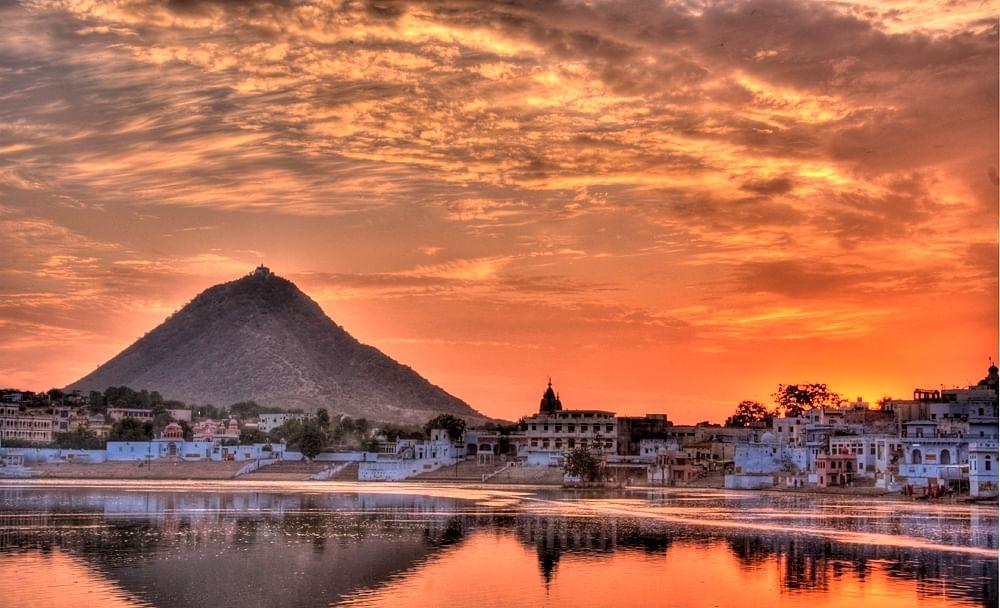 pushkar-lake-at-pushkar-rajasthan-india