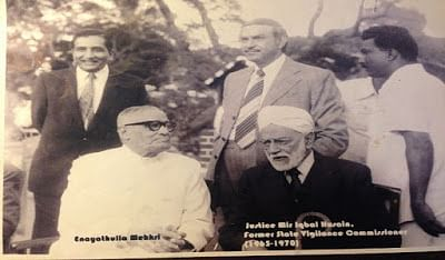 Sir Enayathullah Mehkri (Sitting left)