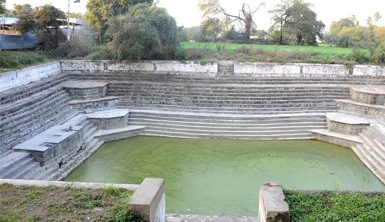 traditional methods of rainwater harvesting in india