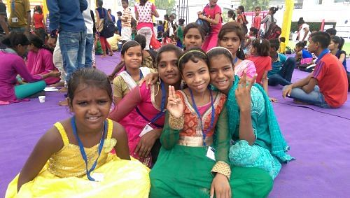 Namita (rightmost) with her friends at a creative workshop for children in difficult circumstances 2