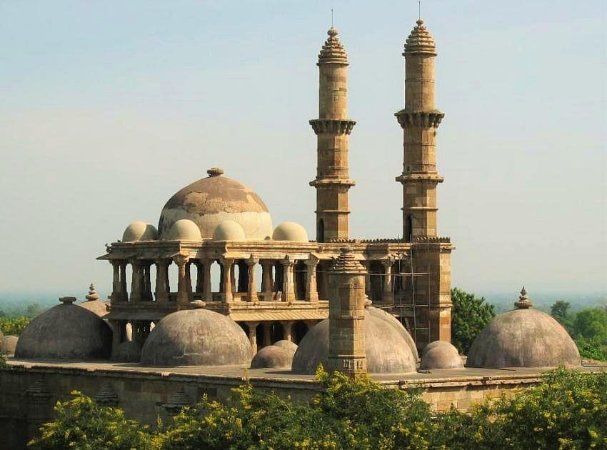 2.-Champaner-Pavagadh-Mosque2