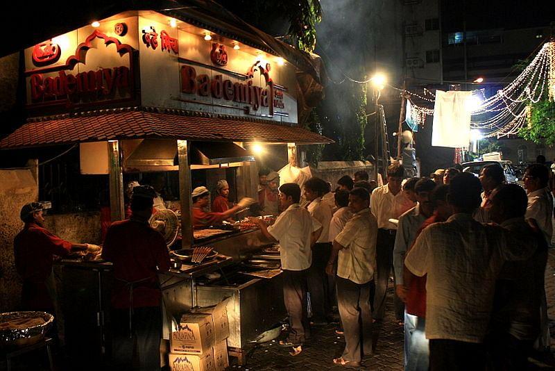 800px-Bademiya_restaurant,_Mumbai
