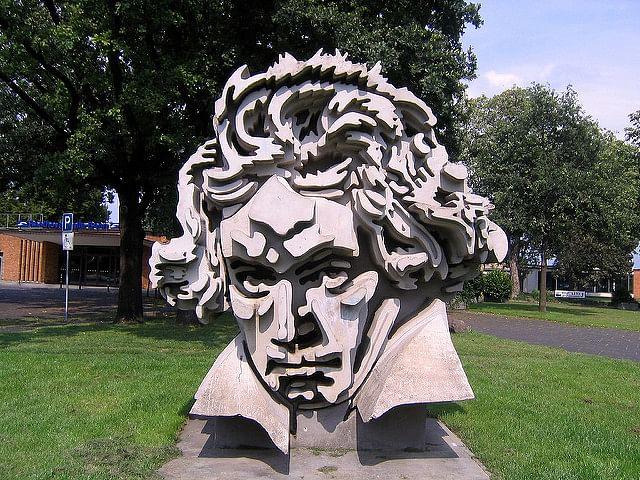 Beethoven sculpture_g