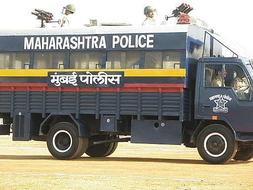 Mumbai_Police_VAJRA_Van