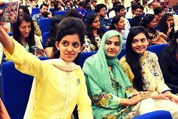 pakistanwomen_fi
