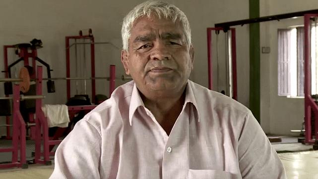 mahavir-phogat-real-life-pictures
