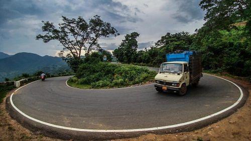 curved_roads_2_zpshpriajhy