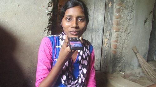 Sita Behara has been able to continue with her education – she is enrolled in the college at Kakatpur presently – after she sought details on the same from the Azaadi Ki Udaan voice messaging service.