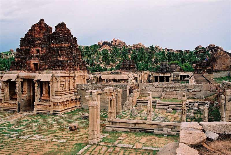 hampi-ruins