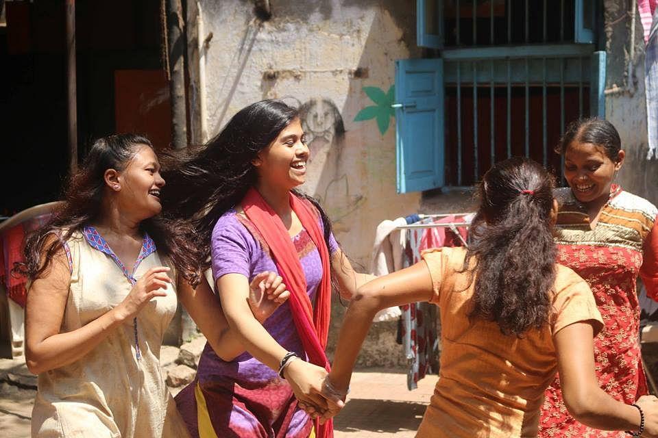 Mumbai Based NGO Provides Shelter to Hundreds of Homeless Girls