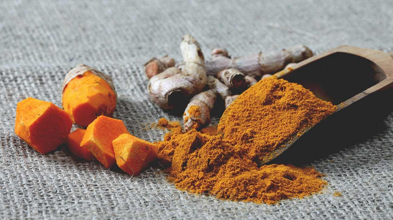 1296x728_header_turmeric-and-curcumin-the-antioxidant-spice