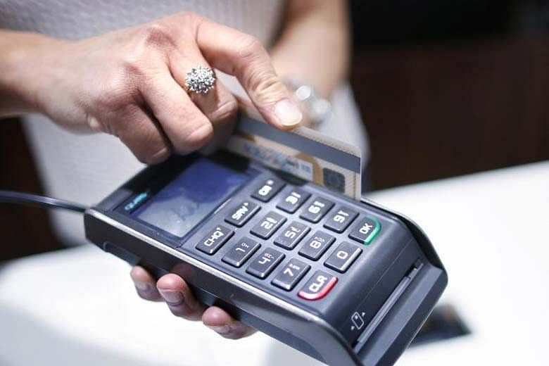 credit-debit-card-re-2-l