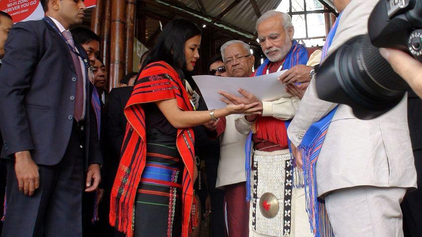Zuboni Humtsoe with PM Modi at the Hornbill Festival 2014