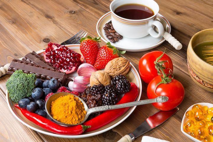 antioxidant-foods-720x480