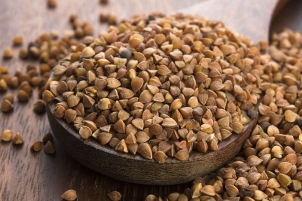 buckwheat-seeds-in-a-bowl