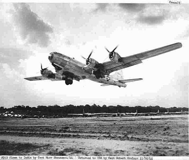 40th-bgs-b-29-bomber-42-6310-hump-happy-jr-takes-off-from-chakulia