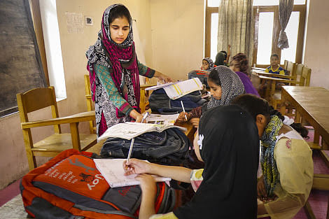 "Masarat Khan has joined hands with other like-minded girls to run a ""curfew school"" in downtown Srinagar. (Credit: Baseera Rafiqi\WFS)"