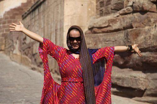 what-to-wear-in-india-female-traveler-jodhpur