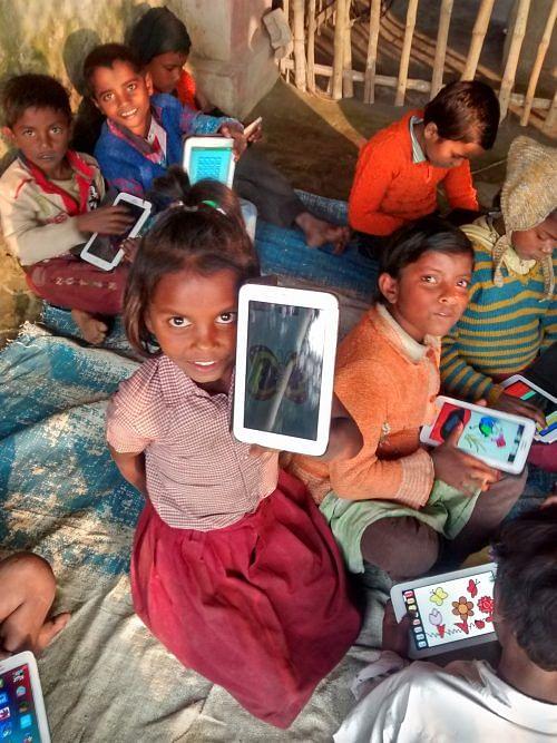 10. Pre-school kids using tablets - an initiative run by PRAYOG with support from PRAJNOPAYA FOUNDATION - 3