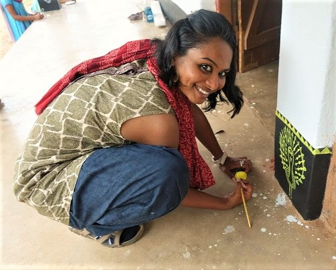 This NID Grad Left Her High Paying Job To Help Tribal Kids in Odisha Think Out-Of-The Box!