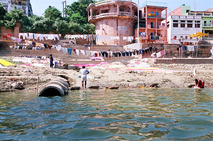 Drainage-in-Ganga-at-Varanasi